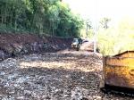 ASFALTO COMUNITÁRIO Avançam os trabalhos de preparação da estrada na Linha São Luís
