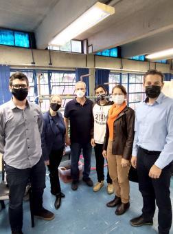 Comitiva de Encantado visita a escola onde o projeto foi implantado